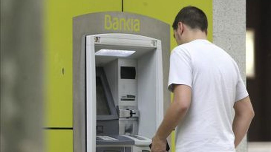 Cajero banco (Efe)