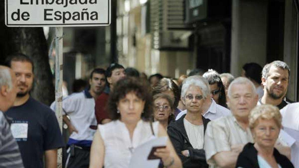 A la espera de la nacionalidad española