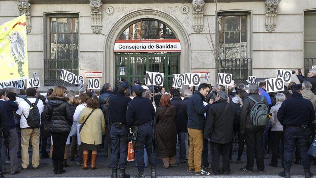 La privatización de la sanidad pública se aprueba hoy en un clima de protestas