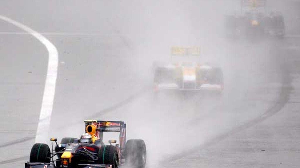 Vettel mantiene la primera posición