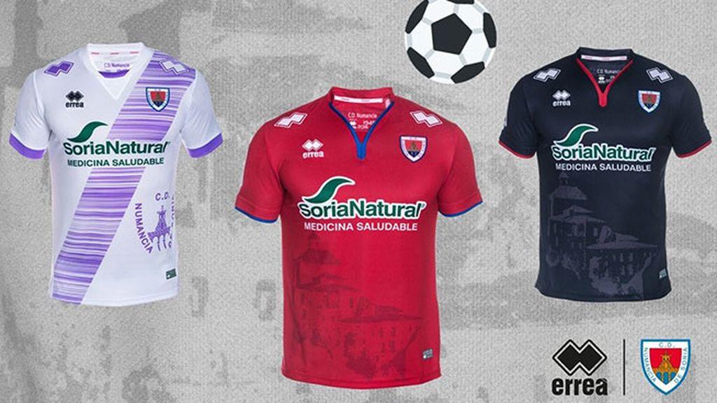 Equipación del Numancia en la temporada 2016/2017