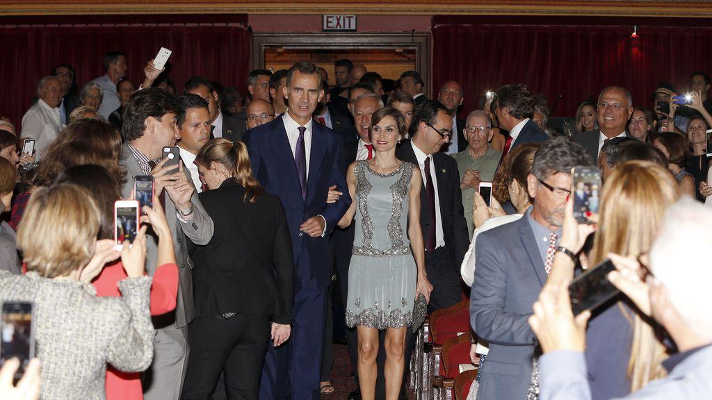Los Reyes, recibidos como estrellas en el Festival de Cine Español en Miami