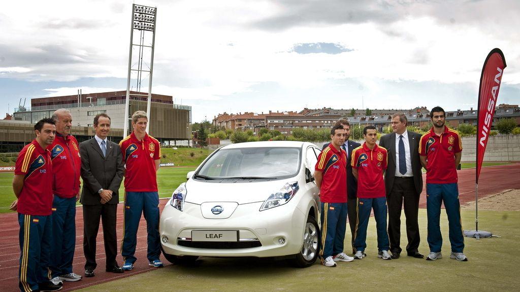 Nissan, nuevo patrocinador y coche oficial de la Roja