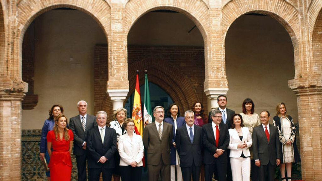 Foto de familia del nuevo Gobierno andaluz
