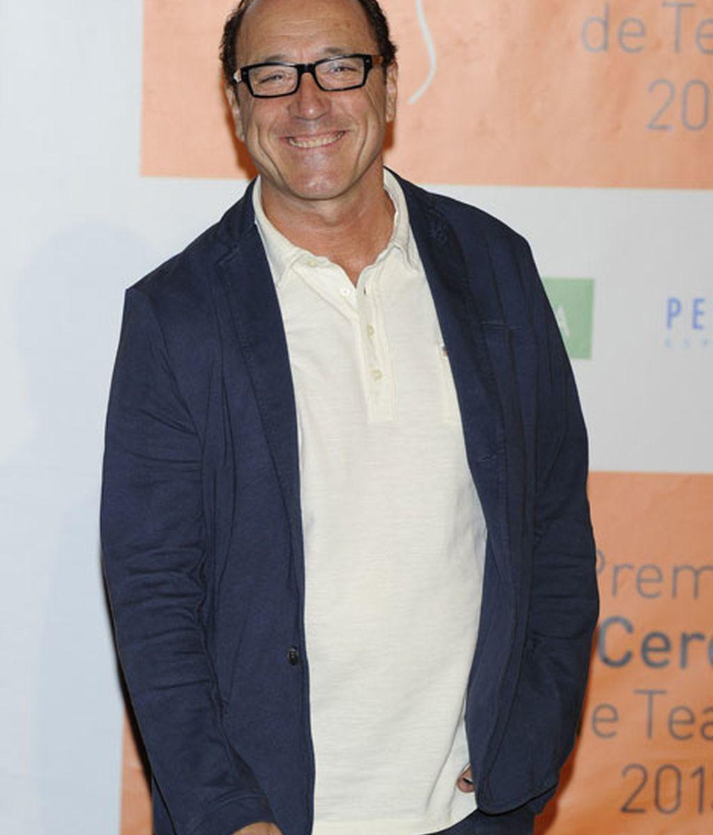 El actor Roberto Álvarez acudió a la gala con vaqueros