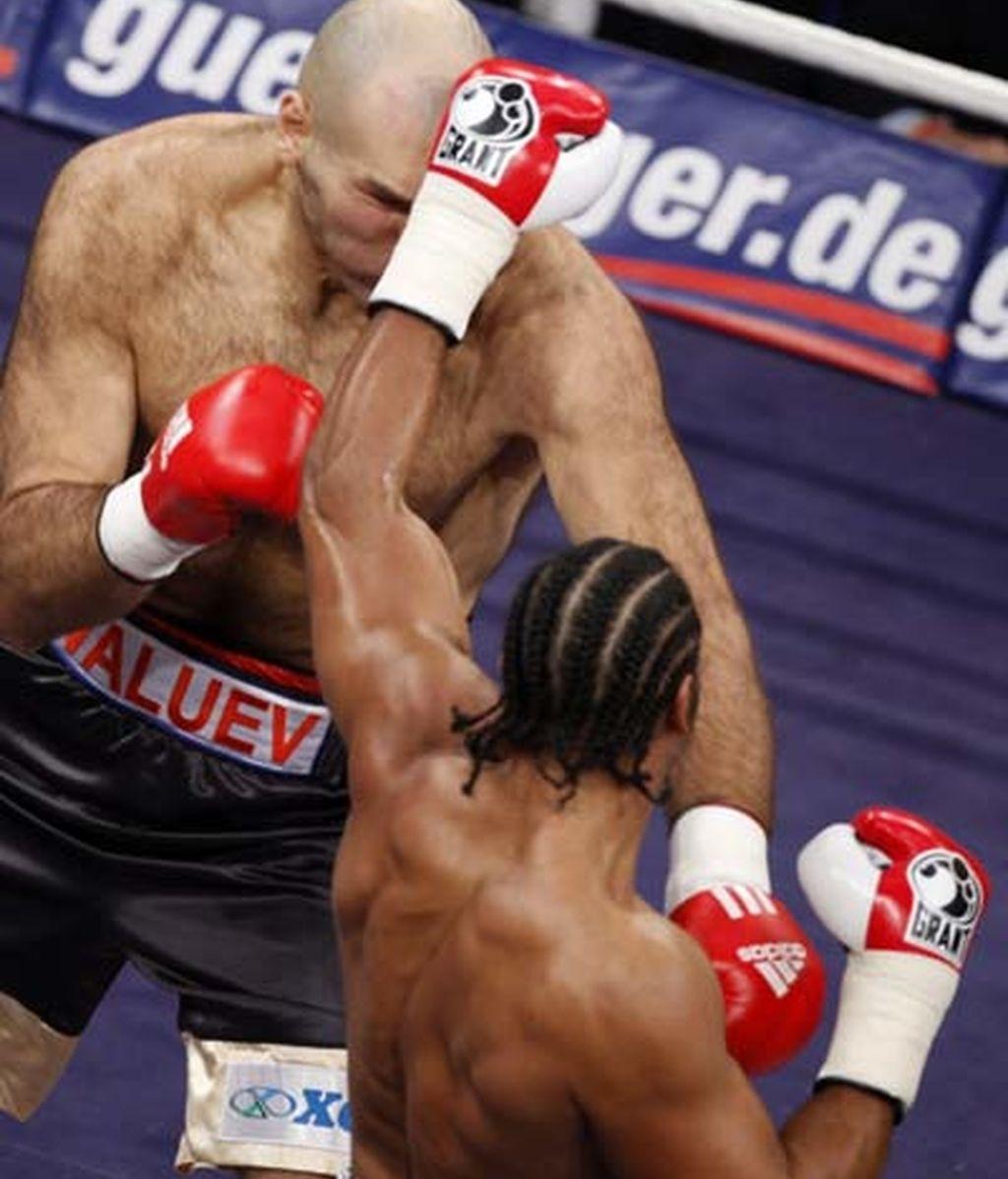 El ruso trató de forzar a una pelea en corto