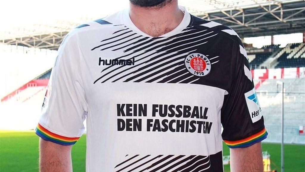 "Por un ""Fútbol sin fascistas"", la reivindicativa camiseta del St.Pauli alemán (12/02/2016)"