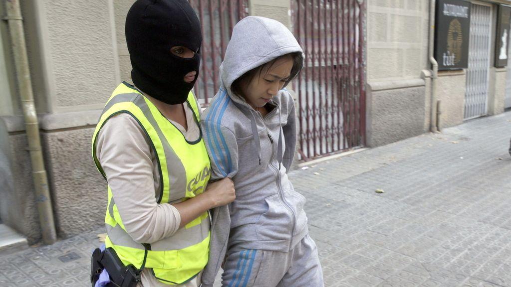 La Guardia Civil despliega una operación contra la mafia china en Barcelona