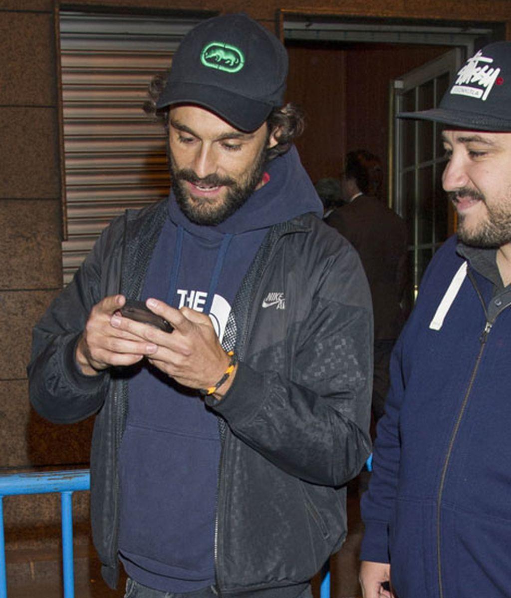 El actor Iván Sánchez también fue al Calderón