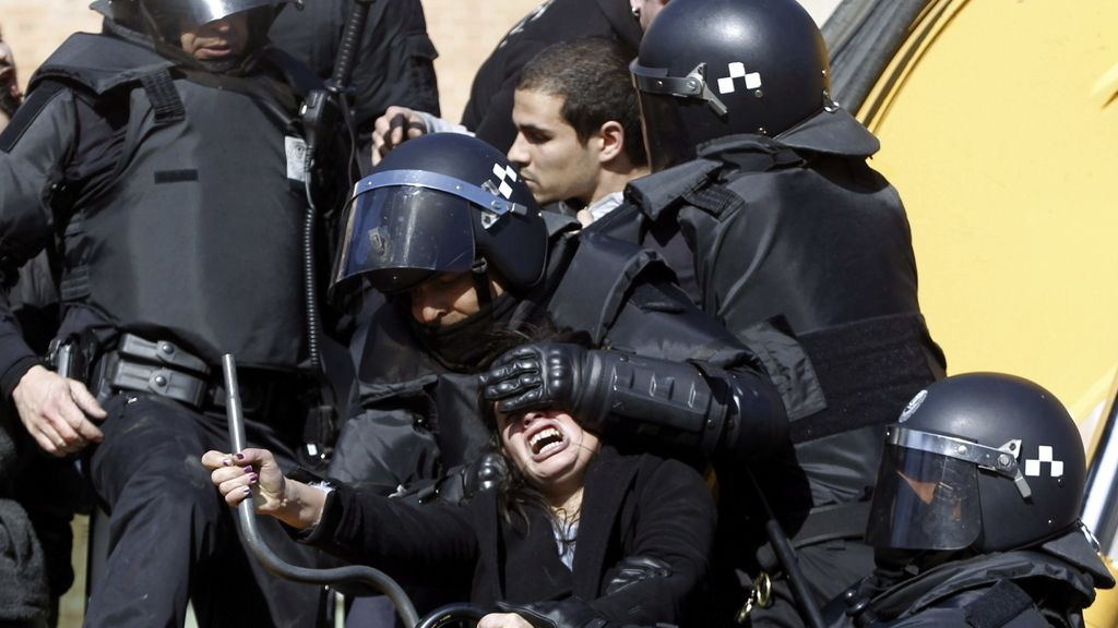 Dramático desahucio de una familia en el barrio madrileño de Cuatro Caminos
