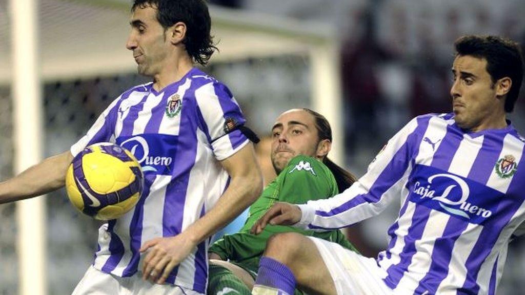 1-3. El Betis revive de la mano de Sergio García ante un Valladolid impreciso