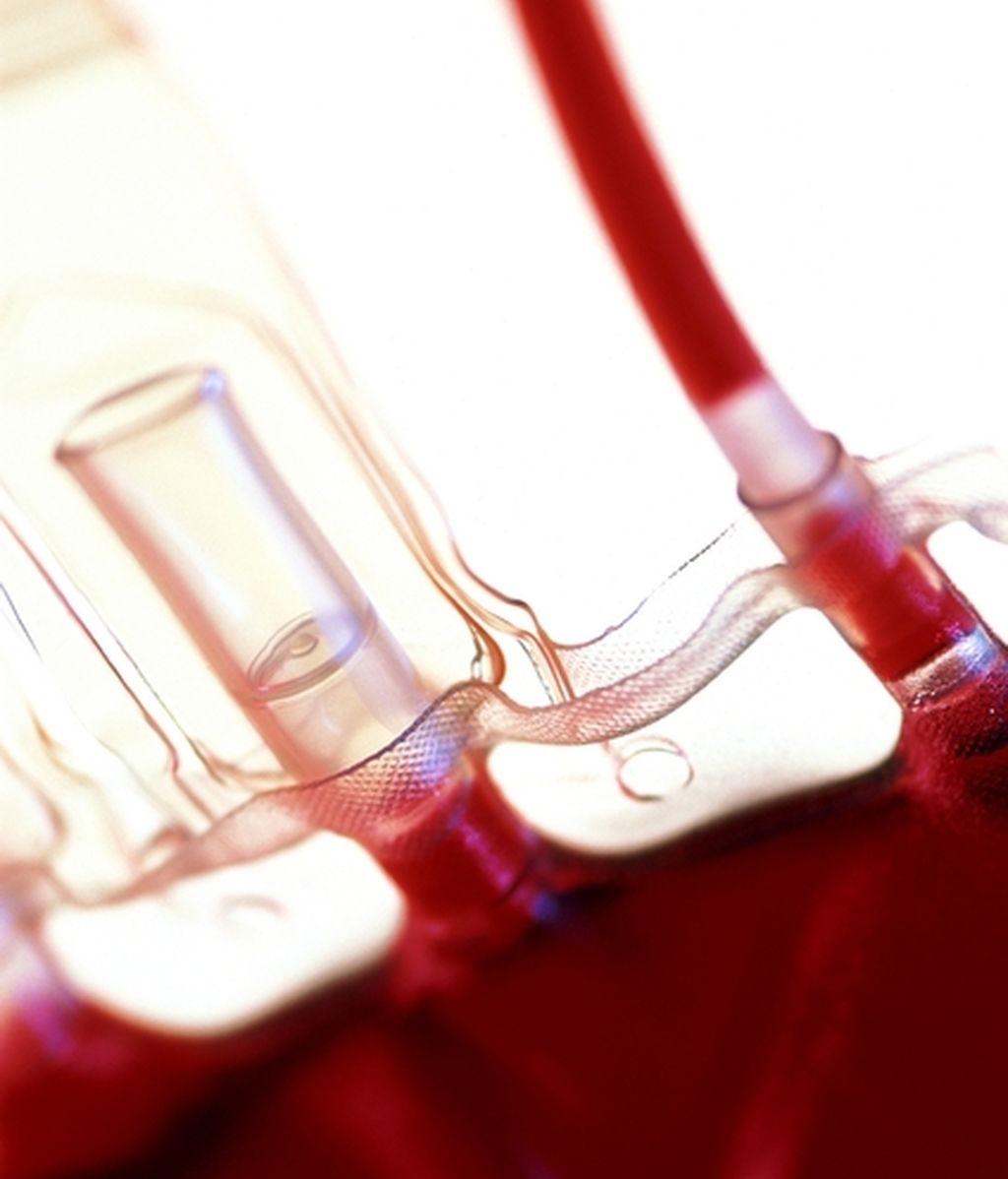 Una transfusión de sangre ha salvado la vida del bebé. Foto: Gtres