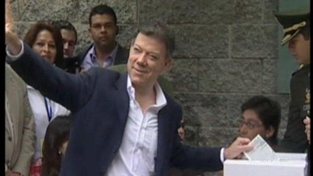 Santos, nuevo presidente de Colombia