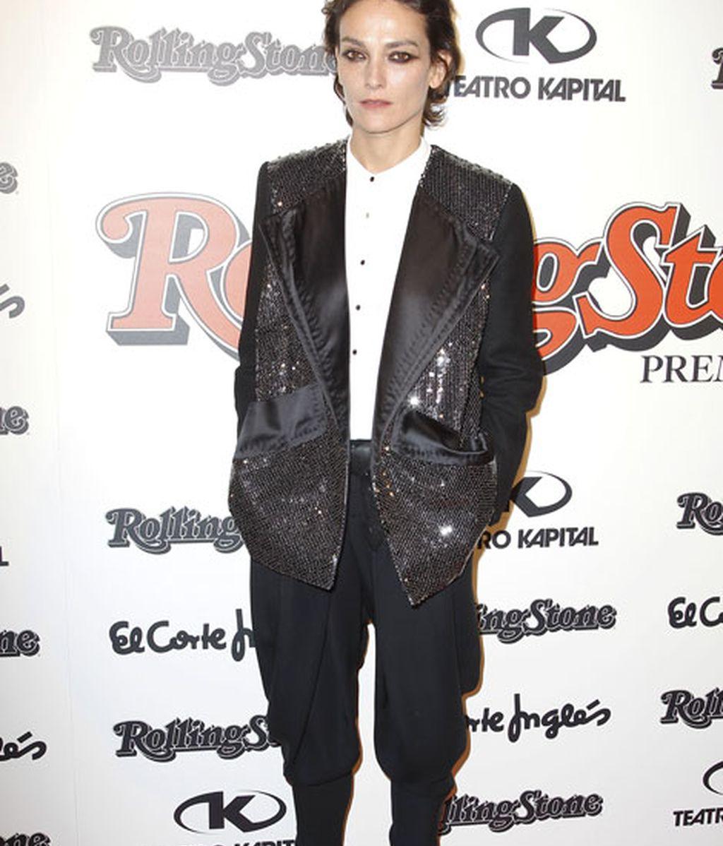La modelo Laura Ponte se puso una chaqueta de lentejuelas