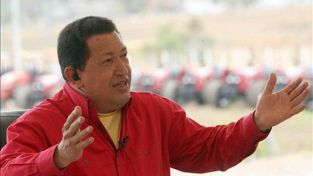 El gobernante venezolano relató que en una ocasión que no precisó habló ya del asunto con el rey de España, Juan Carlos I. EFE/Archivo