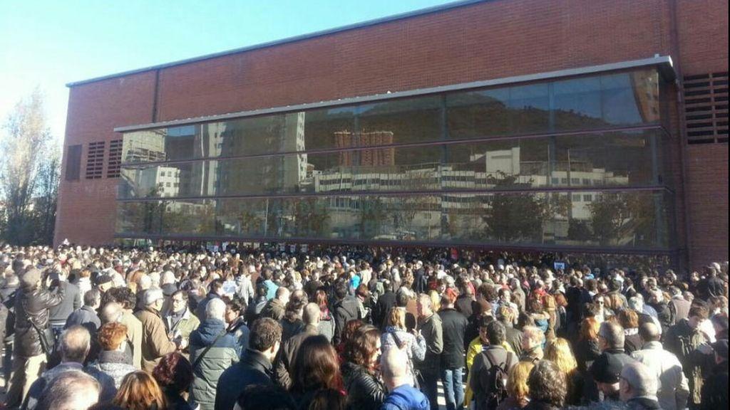Más de 2.500 personas se quedan fuera del acto de Pablo Iglesias tras completar aforo
