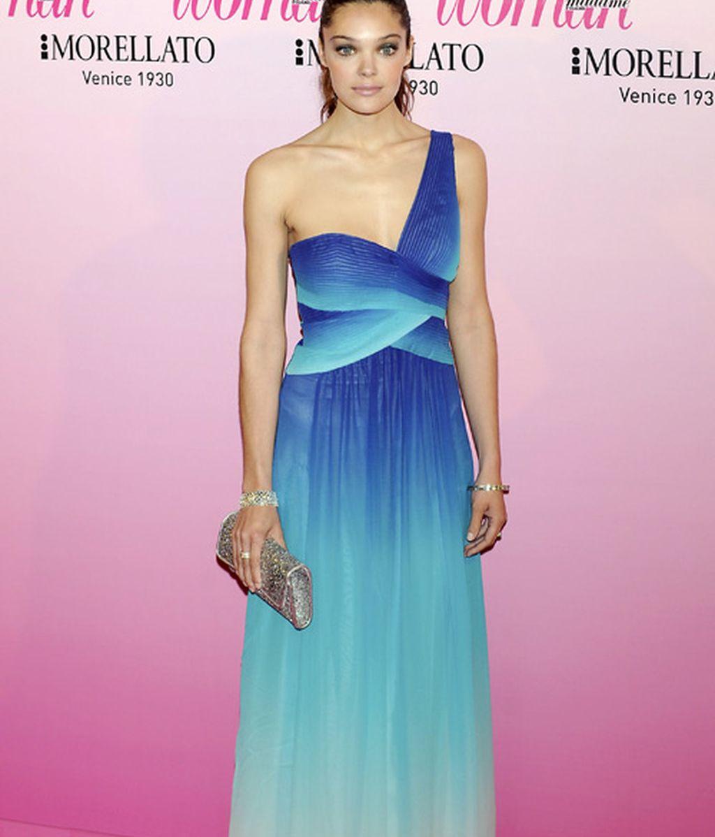 Mar Saura, princesita; las posturitas de Yvonne y el azul eléctrico de Nieves Álvarez