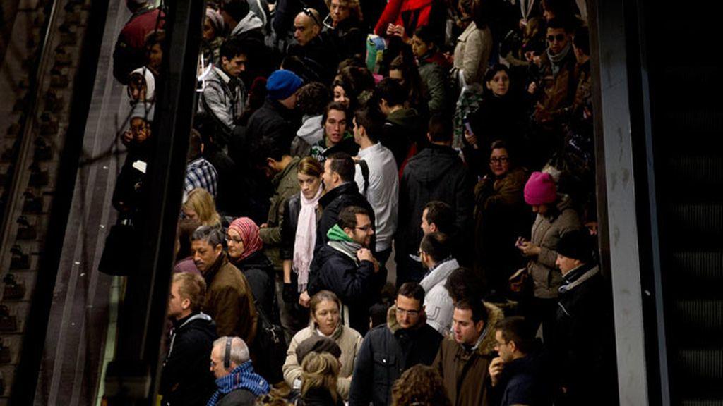 Los servicios mínimos del metro se están cumpliendo al ochenta por ciento