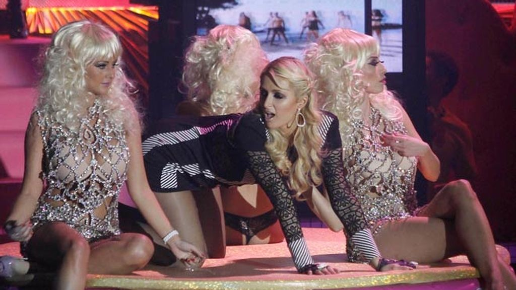 La visita de Paris Hilton en siete fotos