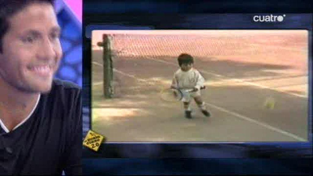 Fernando Verdasco jugando con 2 años