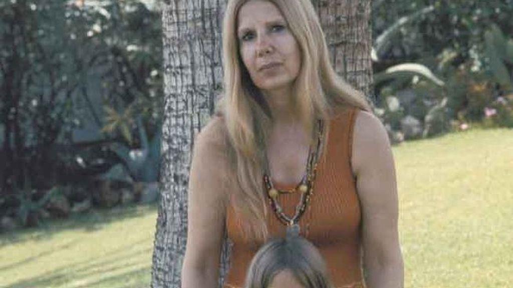 Cayetana Fitz-James adoptó la tendencia hippie desde que surgió en los 70