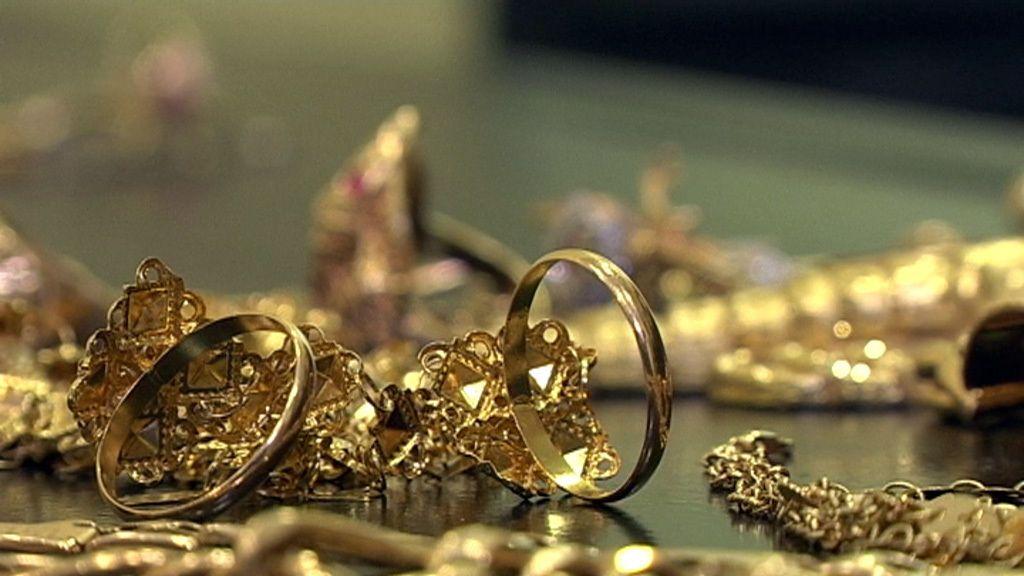 Las primeras imágenes de 'Vendo oro'