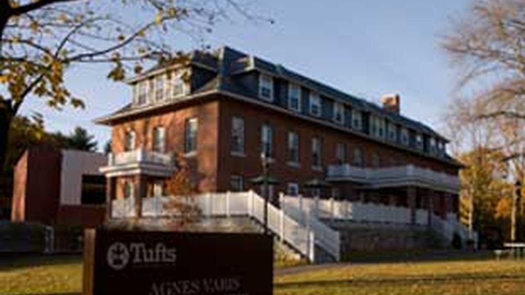 La Universidad de Tufts está en Boston.