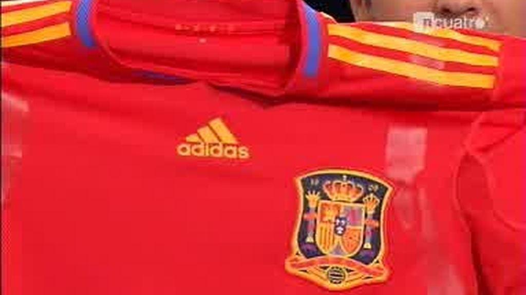 """""""La Roja"""" con la que buscaremos ganar el Mundial Sudáfrica 2010"""