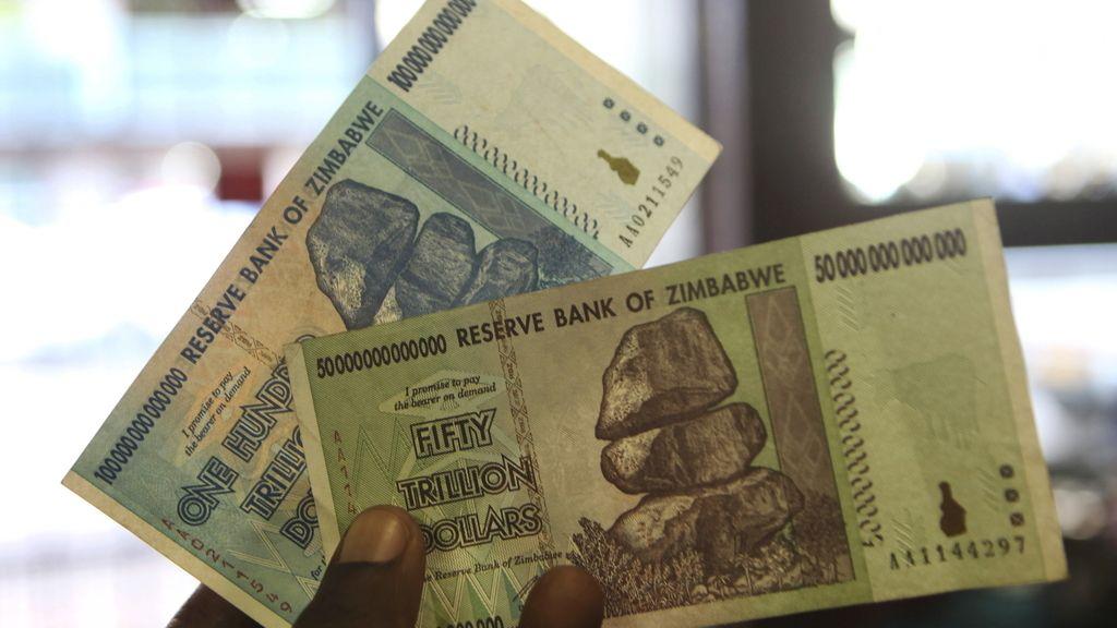Zimbabue retira el billete de 100 billones de dólares