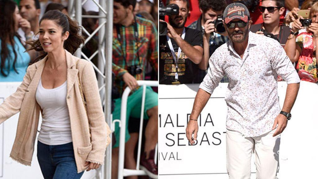 Momento vip fuera del 'photocall': Juana Acosta y Antonio Banderas, de calle y cara lavada