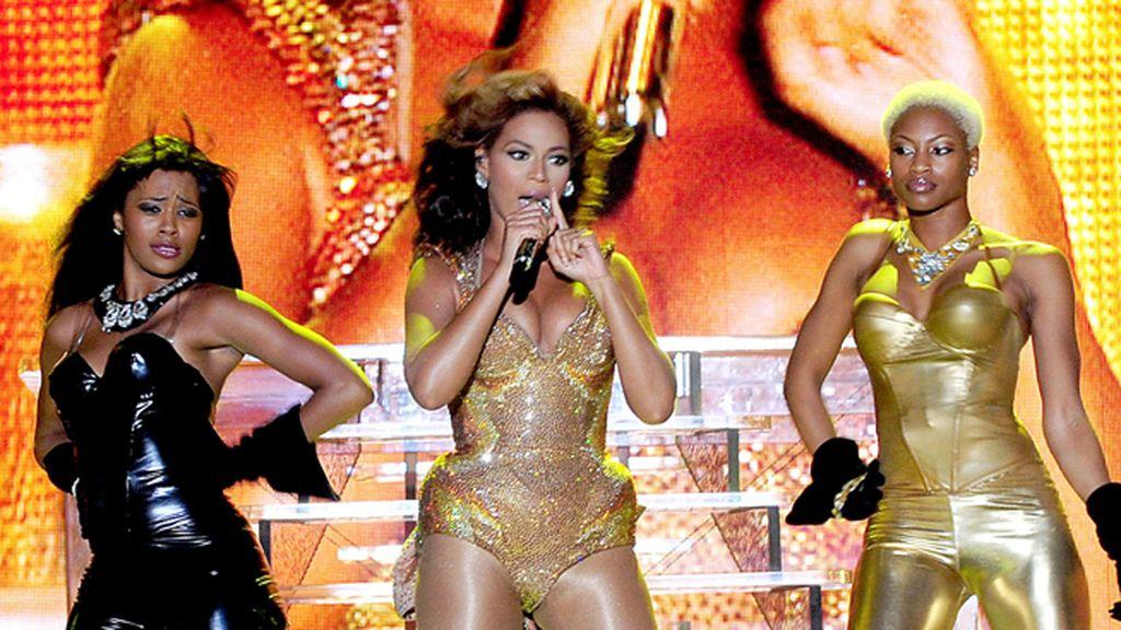 Con Beyoncé, llenando el escenario