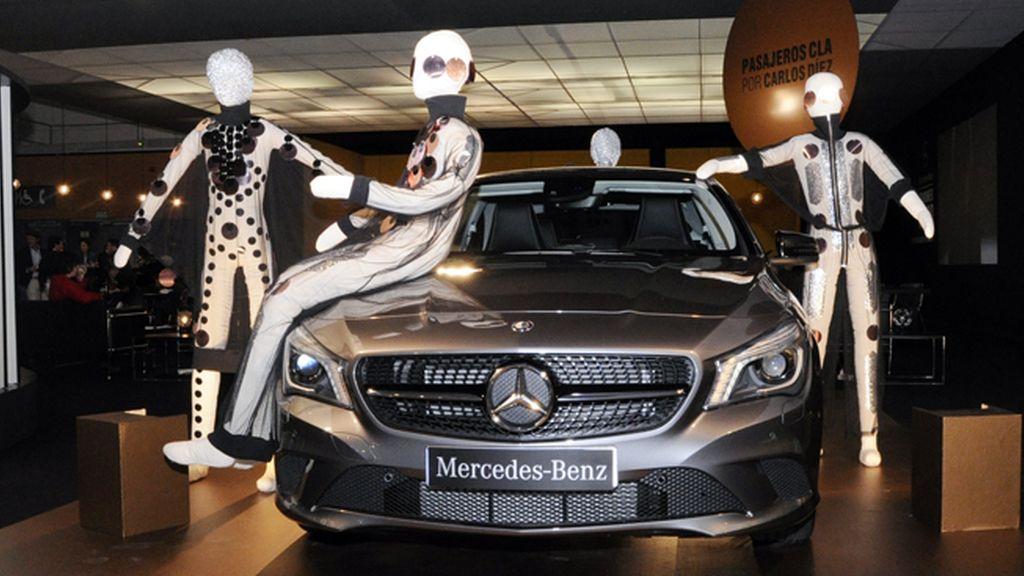 """""""Pasajeros CLA"""", la original colaboración entre Carlos Díez y Mercedes Benz expuesta en el Cibelespacio"""