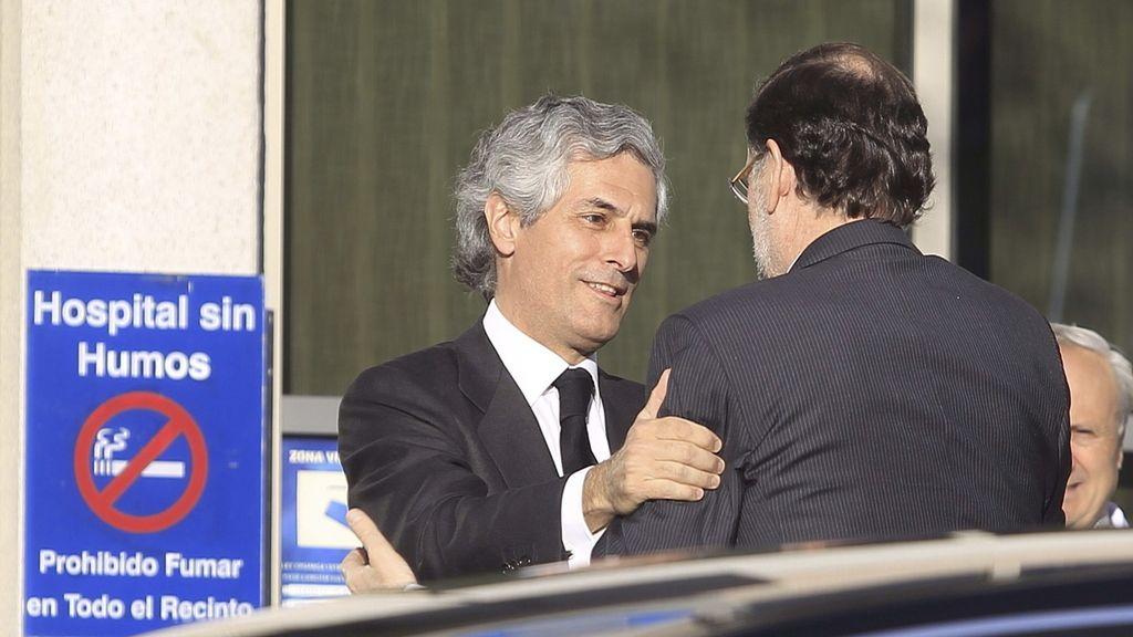Rajoy llega a la Clínica Cemtro para dar el pésame a la familia de Suárez