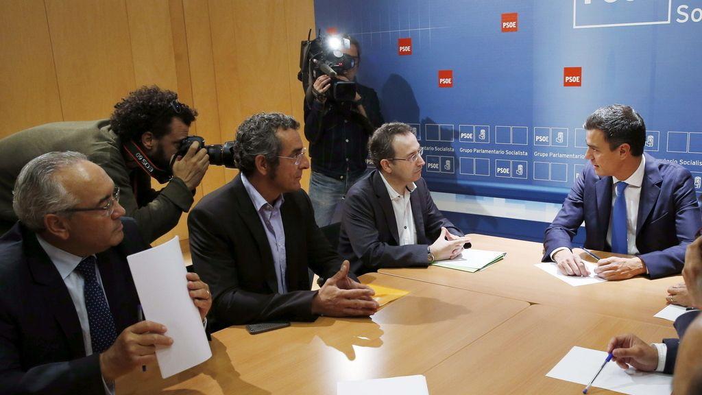 El PSOE se compromete a rebajar el IVA cultural