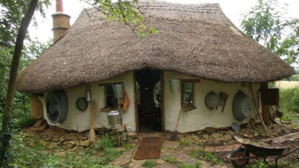 ¿Quieres una casa por 240 euros?