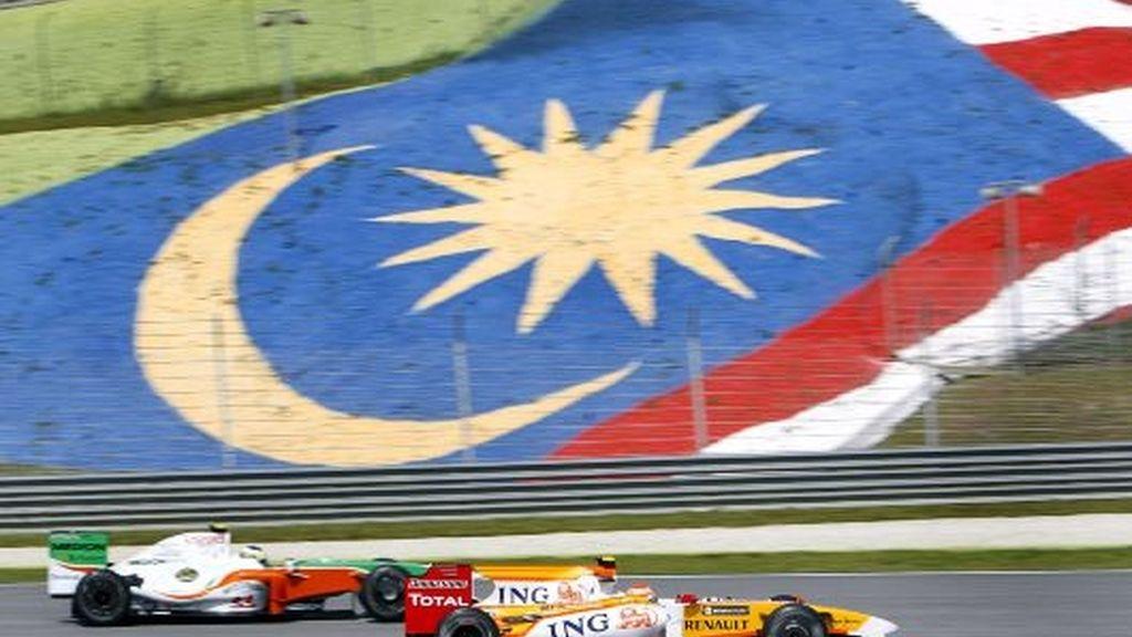 Rugen los motores en Malasia