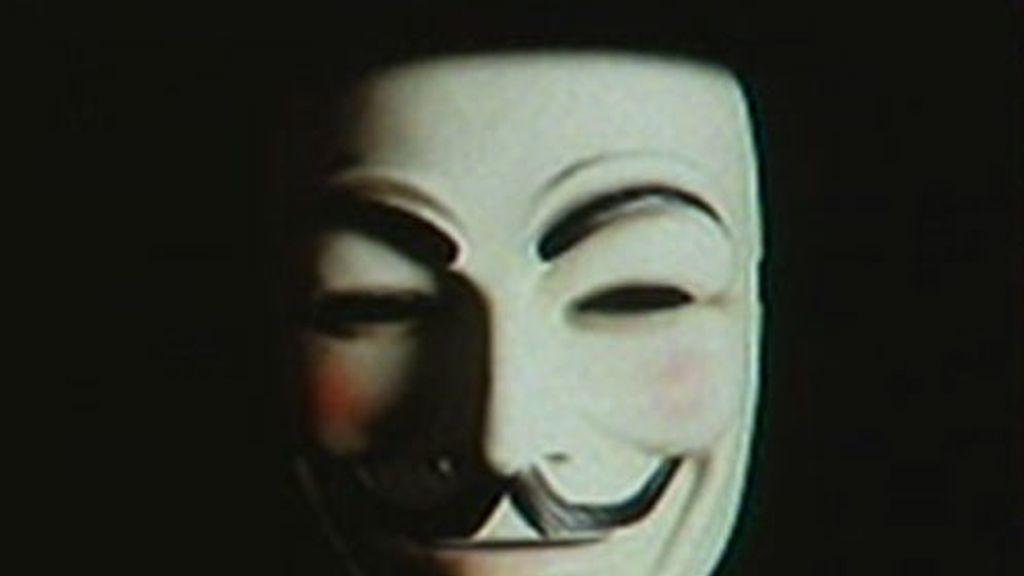 La red de activistas 'Anonymous' ha atacado la web de la Policía Nacional.