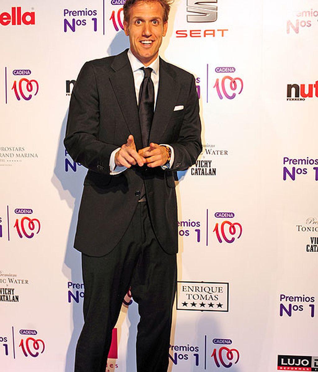 El presentador Óscar Martínez fue uno de los más elegantes