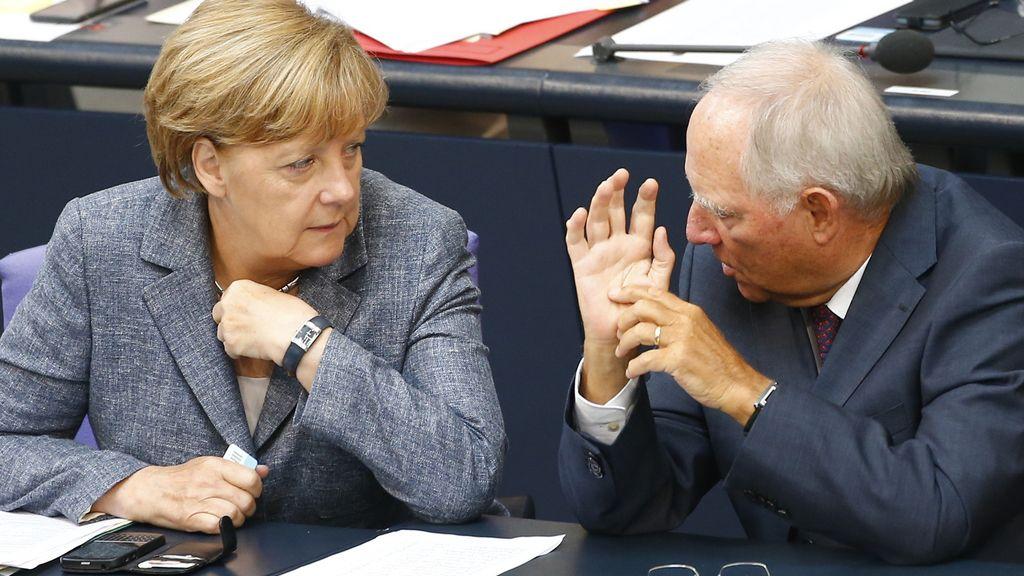 Angela Merkel y su ministro de Finanzas, Wolfgang Schaeuble