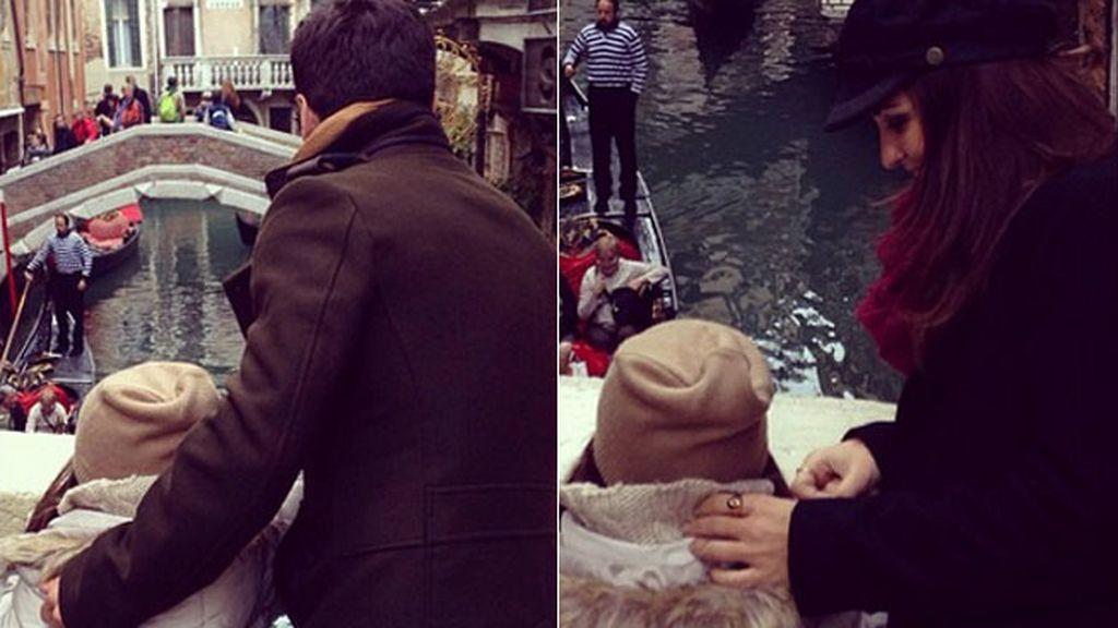 Bustamante cantando en góndola, candados...su escapada a Venecia con Daniella y Paula