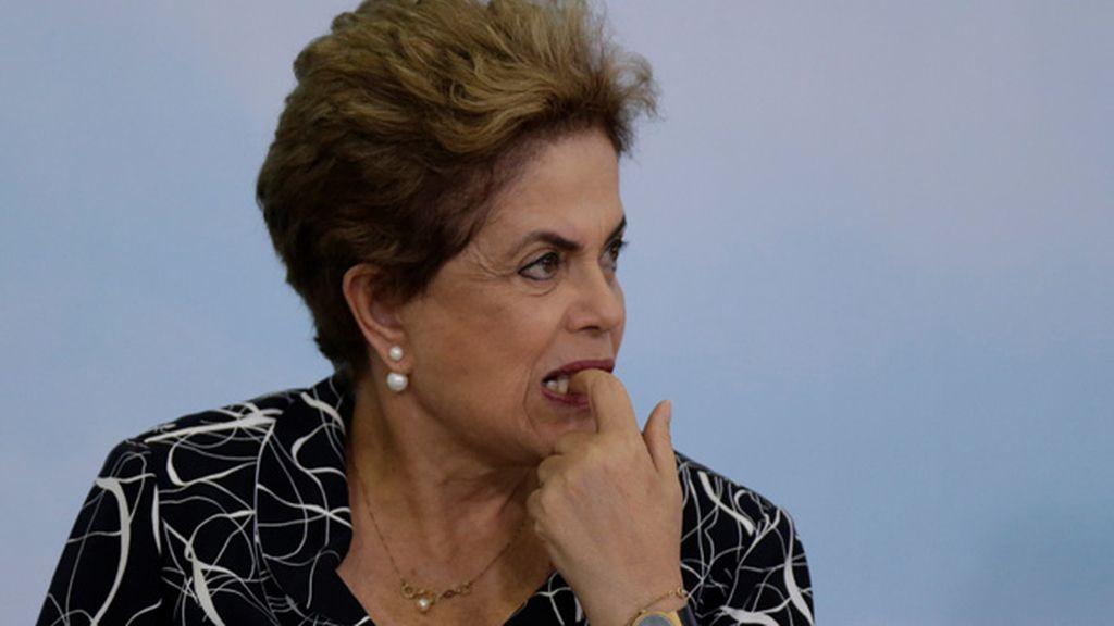 Dilma Rousseff defiende su inocencia y resta legitimidad al gobierno de Michel Temer