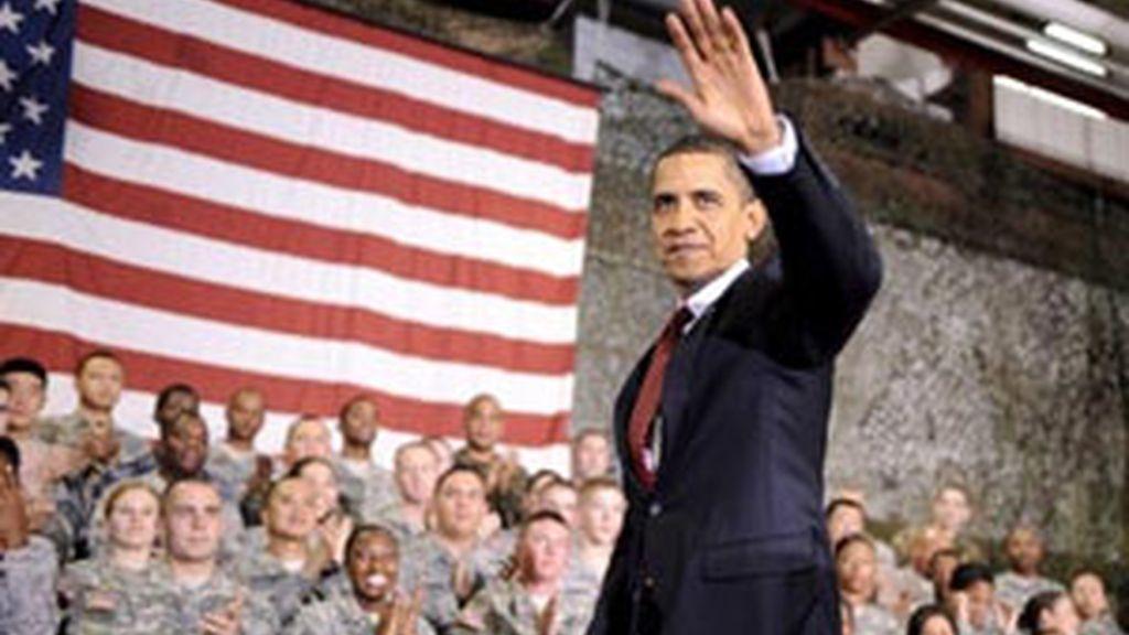 Barack Obama, durante su encuentro con soldados estadounidenses destinados en Afganistán. Foto: EFE
