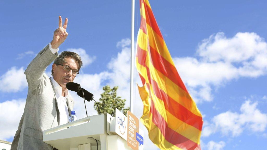 "Mas insta a Europa a mirar a Cataluña como su movimiento democrático ""más poderoso"""