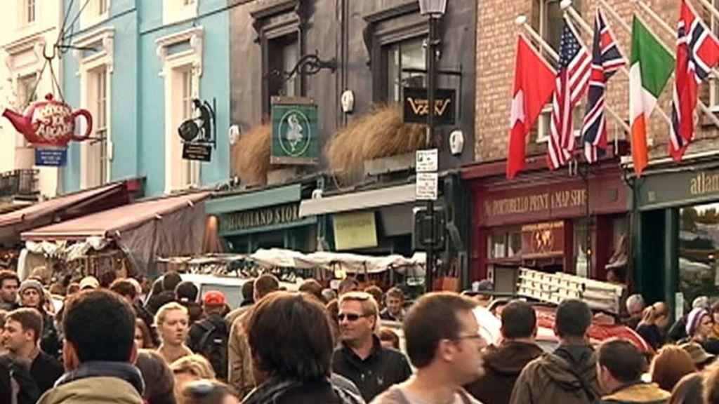 Las calles de Londres  no serían lo mismo sin sus pubs y teterías