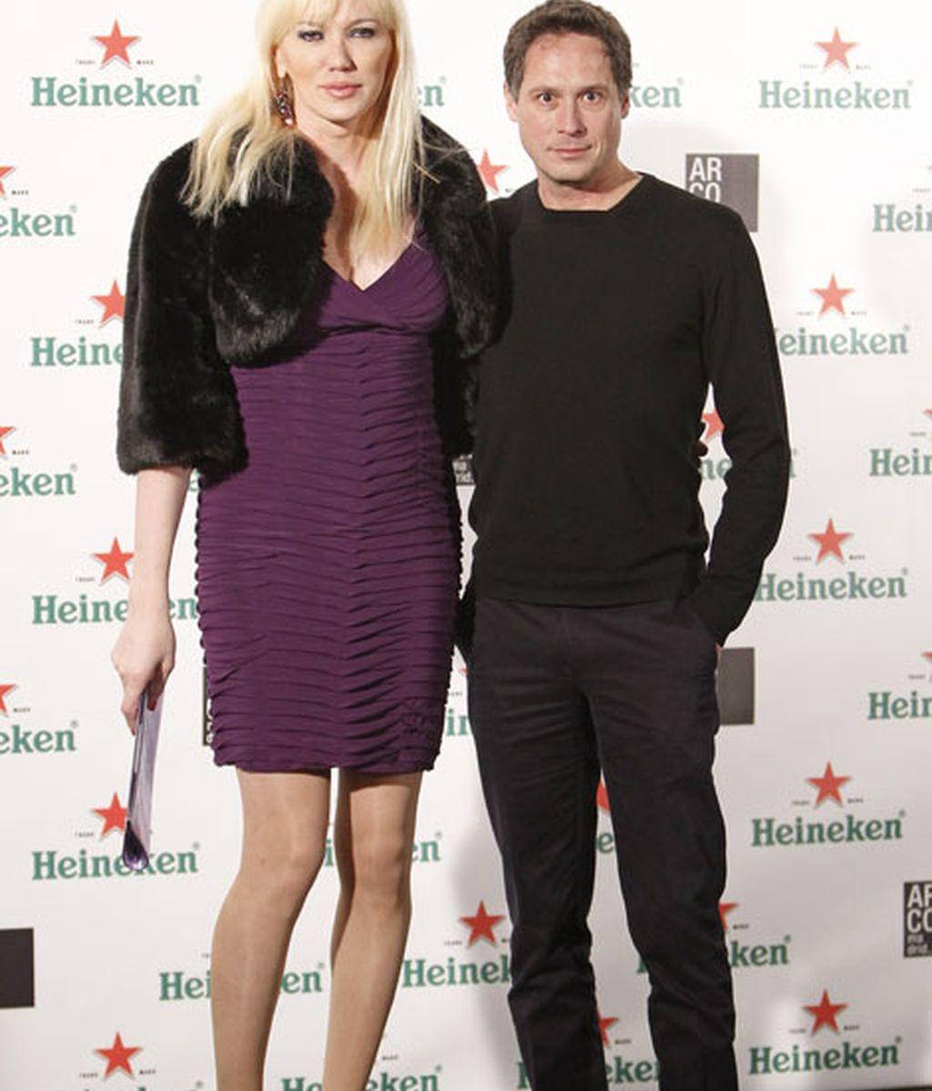 Topacio Fresh con su marido Israel Cotes