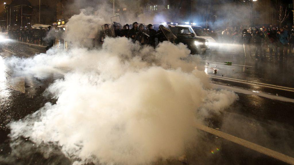 Los búlgaros protestan contra la subidad de la electricidad