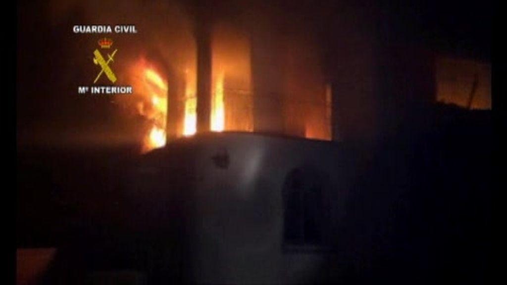 Rescate en una casa en llamas