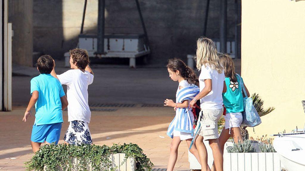 La Reina Sofía disfruta de sus nietos