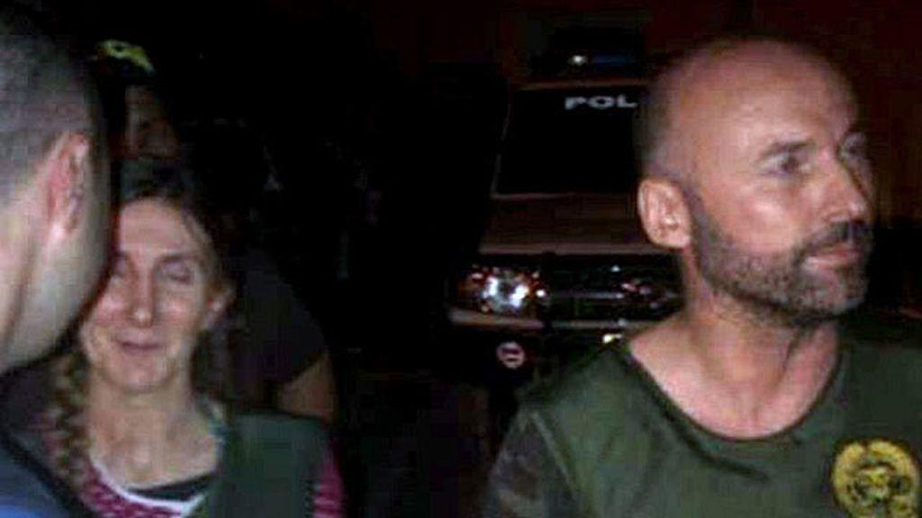 Los dos españoles, momentos después de su liberación. Foto: EFE