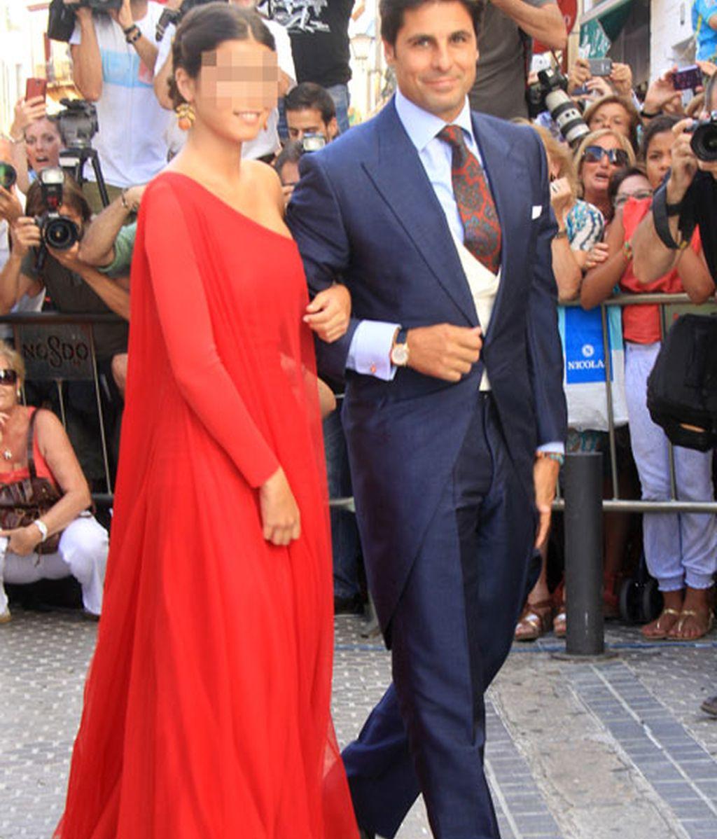 Fran Rivera, acompañado por su hija Cayetana